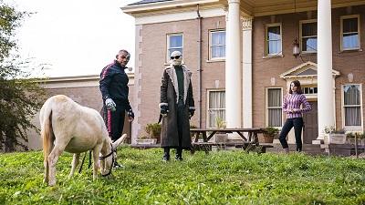 Doom Patrol S01E02 Donkey Patrol